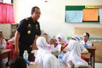 Intip Keseruan Dirjen Bea Cukai Jadi Pengajar Sekolah Dasar