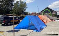 Siswa di Palu dan Sigi Belajar di Dalam Tenda