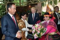 Jokowi Hadiri KTT di Singapura, Golkar Sebut Indonesia Bisa Pimpin ASEAN