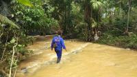 Terobos Banjir, Pengendara Motor di Pangandaran Hilang Terseret Arus