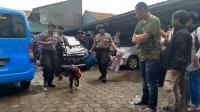 Gali Motif Pelaku, Polisi Kumpulkan Barang Bukti Pembunuhan 1 Keluarga di Bekasi