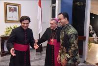 Saat Anies Hadiri Peringatan 5 Tahun Takhta Suci Paus Franciskus