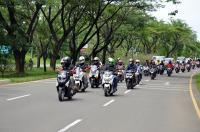 Puluhan Bikers Forwot Touring Sambil Menimba Ilmu Automotif