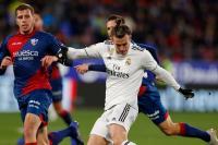 Hanya Menang 1-0 atas Huesca, Solari Salahkan Kondisi Angin