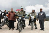 Kubu Jokowi Sayangkan Sikap Natalius Pigai soal Jalan Trans-Papua