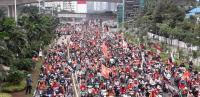 """Rayakan Persija Juara, The Jakmania """"Oranyekan"""" Jalan Sudirman"""