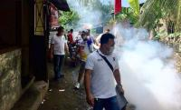 "Warga Medan Johor Berebut ""Diasapi"" Perindo"