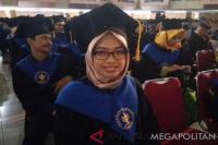 Kisah Seorang Anak Tukang Ojek Jadi Lulusan Terbaik Fakultas Kehutanan IPB