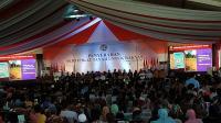 Jokowi Serahkan 6.000 Sertifikat Tanah untuk Warga Jambi
