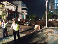 "Ambles, Jalan Gubeng Surabaya ""Berlubang"" hingga 10 Meter"