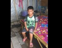 Viral Anak Yatim Piatu Tinggal Sebatang Kara di Bilik Bekas Kandang Ayam