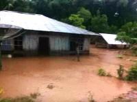 4 Rumah Hanyut Diterjang Banjir di Desa Supun NTT