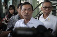 Menteri Luhut Tegaskan Tak Pernah Nyatakan Ingin Cium Kaki Prabowo