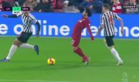 Wasit Senior Ungkap Alasan Mohamed Salah Sering Lakukan Diving