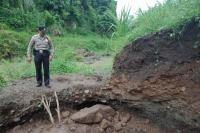 2 Penambang Pasir di Ngawi Tewas Tertimbun Longsor