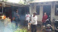 Ada Korban DBD, Caleg Perindo Langsung Asapi Ratusan Rumah di Depok