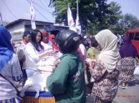 Peduli Masyarakat, Kartini Perindo Gelar Bazar Murah di Sidoarjo