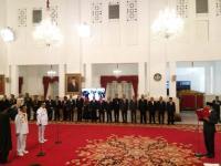 Jokowi Lantik Syamsuar-Edy Natar Menjadi Gubernur dan Wagub Riau