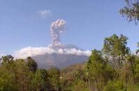 Gunung Agung Kembali Erupsi, Status Siaga