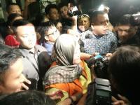 Meski Hamil, Izin Berobat Bupati Nonaktif Bekasi Neneng Hasanah Wajib dari KPK