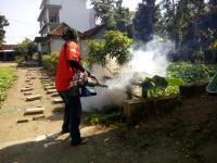 Dua Santri Kena DB, Rescue Perindo <i>Fogging</i> Sekolah hingga Pesantren di Bojonegoro