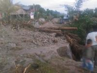 Diterjang Banjir Bandang, Akses 4 Desa di Merangin Jambi Putus