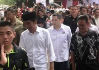 Hary Tanoe, Satu-Satunya Ketum Partai Jalan Kaki 3,5 Km Dampingi Jokowi di Kampanye Akbar