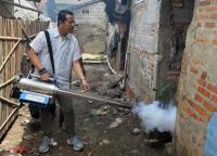 Caleg Perindo Asapi Wilayah Terdampak DBD di Bekasi
