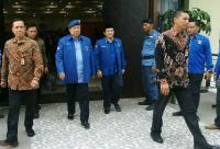 SBY Dikabarkan Kumpulkan Petinggi Demokrat di Singapura