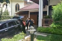 Tim KPK Geledah Rumah Pribadi Bupati Solok Selatan Muzni Zakaria
