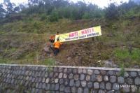 Hati-Hati Melintas Jalur Mudik Karangpandan-Tawangmangu karena Gelap dan Rawan Longsor