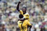 Pele Terpilih sebagai Pemain Terbaik Dunia Abad Ke-20 Versi IFFHS