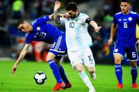 Timnas Argentina Ditahan Paraguay, Newcastle United Ejek Lionel Messi