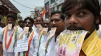 """Politisi Bengala Barat """"Diburu"""" Warga yang Tuntut Pengembalian Uang Suap"""
