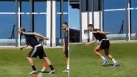 Intip Gaya Lari Ronaldo dan Higuain di Sesi Latihan Juventus