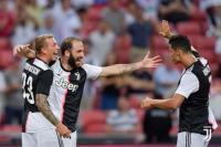Bobol Gawang Tottenham, Higuain Tetap Dijual Juventus