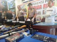 Satu Anggota Polda Riau Terluka saat Baku Tembak dengan Pecatan Polisi