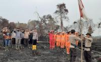 Satgas Karhutla Gelar Upacara HUT Ke-74 RI di Habitat Gajah Sumatera yang Terbakar