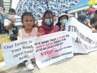 6 Tahun Lebih di Riau, Imigram Minta Diterbangkan ke Negara Ketiga