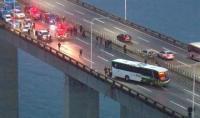 Pria Bersenjata Bajak Bus Penuh Penumpang di Brasil