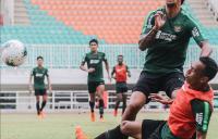 Simon McMenemy Asah Pemahaman Taktik Timnas Indonesia