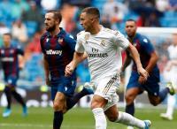 Hazard Nilai Fans Madrid Lebih Militan ketimbang Chelsea