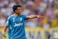Sarri Bakal Pertahankan Cuadrado sebagai Fullback Kanan Juventus