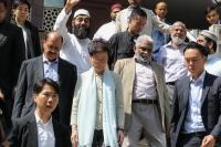 Pemimpin Hong Kong Minta Maaf Atas Insiden Penyiraman Masjid