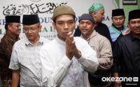 Ustadz Abdul Somad Diberhentikan dengan Hormat dari UIN Suska Riau