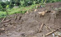 9 Penambang Emas di Pandeglang Terjebak Dalam Gua Akibat Banjir Bandang