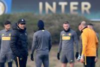 Conte Nilai Inter Layak Hadapi Barcelona
