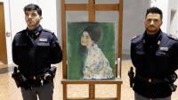 Dicuri 20 Tahun Lalu, Lukisan Bersejarah Ditemukan Disembunyikan di Dinding Galeri