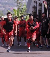 Manajer Umum Konfirmasi Penyerang Asing Arema FC Tiba Minggu Ini