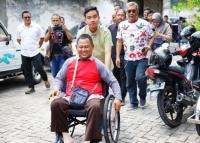 Kalangan Difabel Curhat ke Gibran soal Akses Tak Ramah Disabilitas di Solo